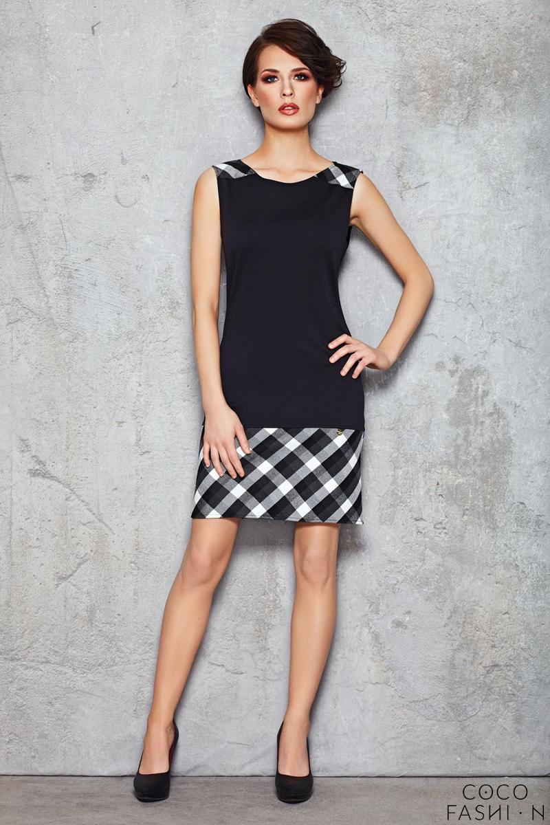 5ff7716e31 Czarno-biała Prosta Codzienna Sukienka bez Rękawów z Kraciastym Akcentem