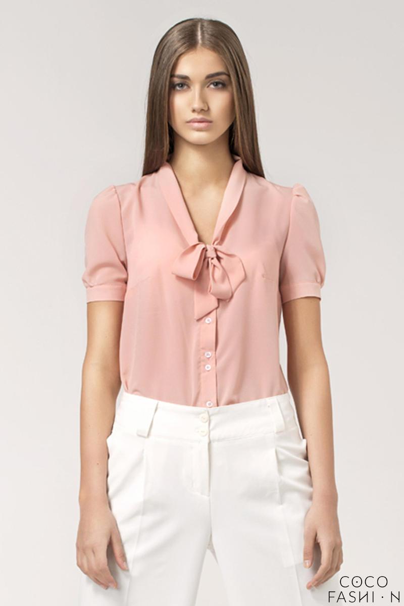 1bcfaa7798c5db Stylowa Różowa Bluzka z Kokardą pod Szyją