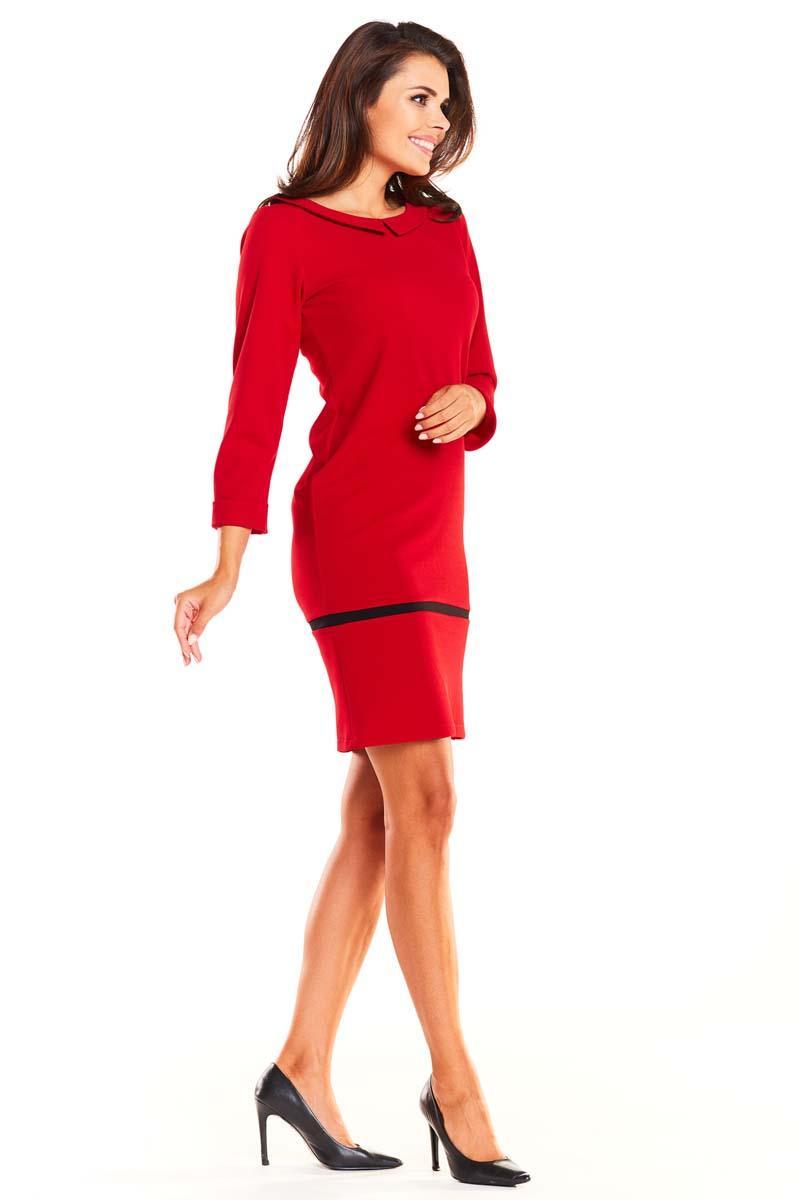 d7c88ad14f Czerwona Prosta Wizytowa Sukienka z Kołnierzykiem BeBe