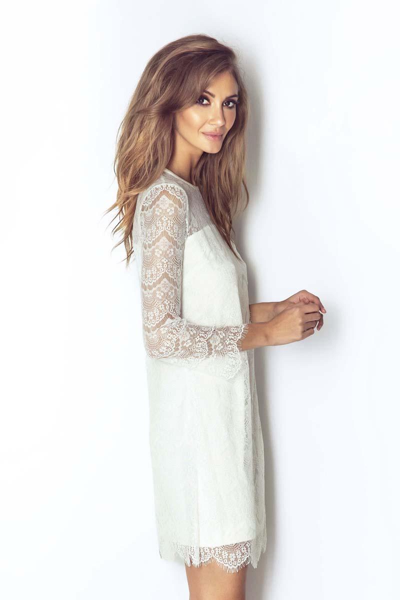 f800ed31219a41 Białą Wizytowa Trapezowa Sukienka Koronkowa z Dzwonkowym Rękawem